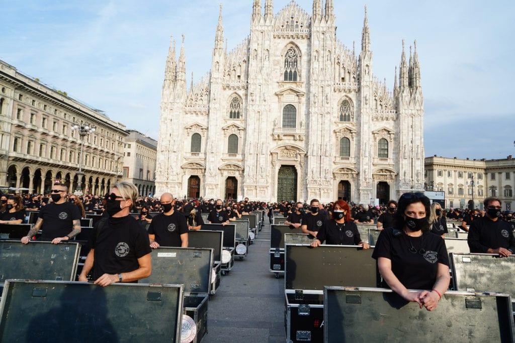 Bauli in piazza lavoratori spettacolo