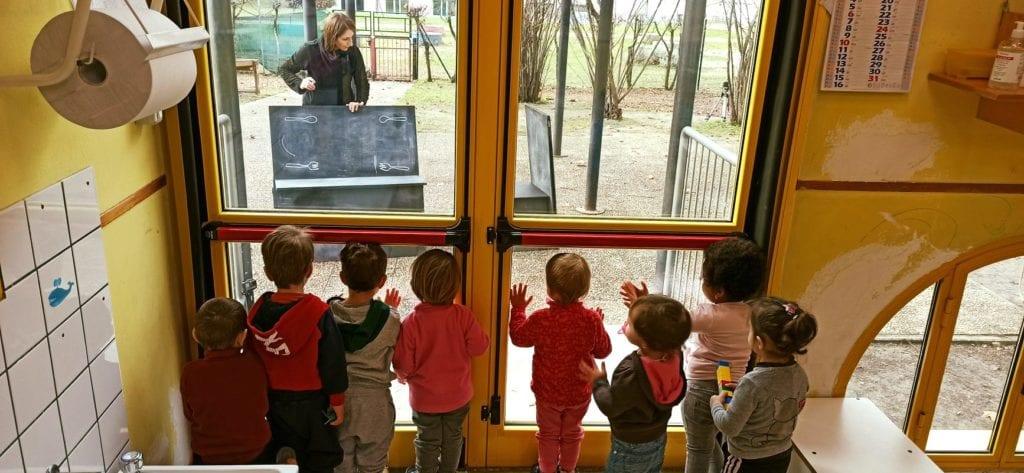 spettacolo teatrale bambini asilo