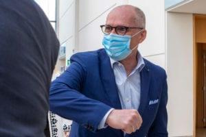 """Covid, Ricciardi: """"Serve un lockdown, le zone arancioni non basteranno"""""""
