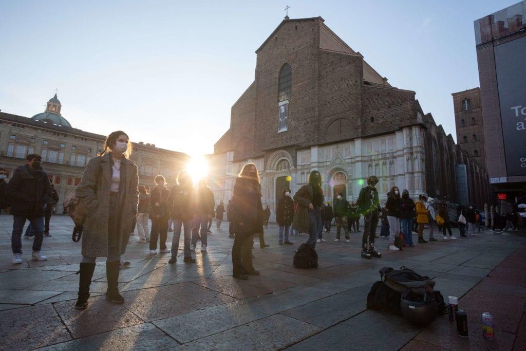 Protesta studenti Liceo Minghetti Bologna