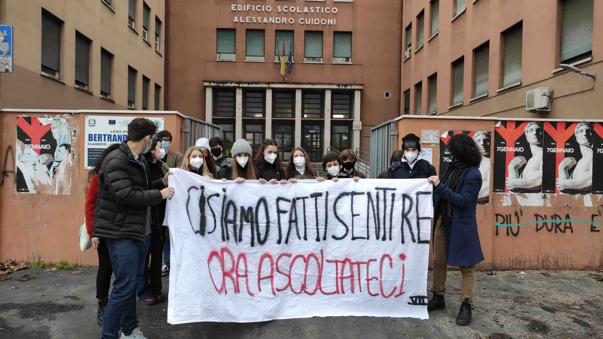 PROTESTA_STUDENTI_DAD