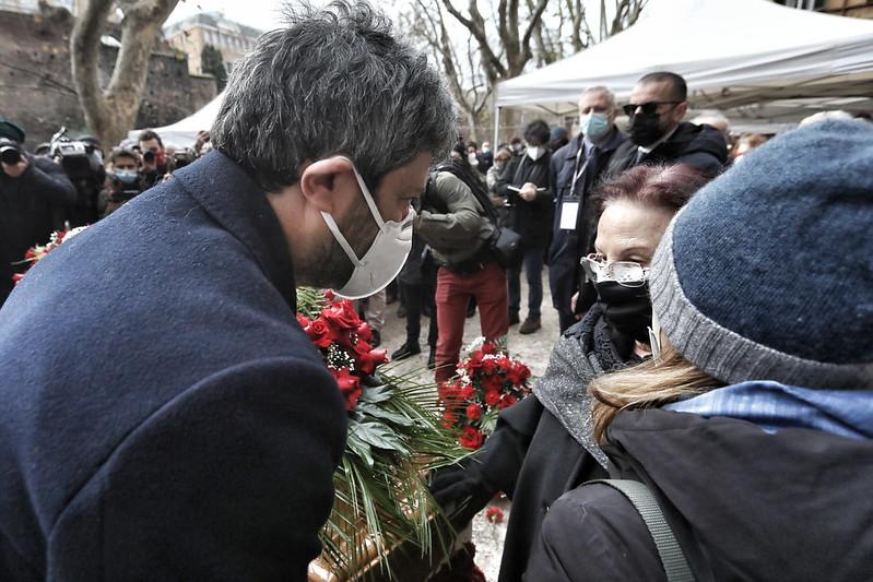 macaluso funerali foto cgil