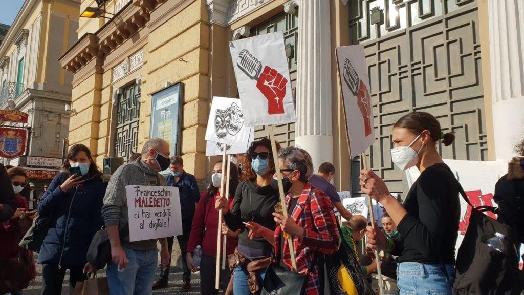 protesta_lavoratori_spettacolo_NAPOLI
