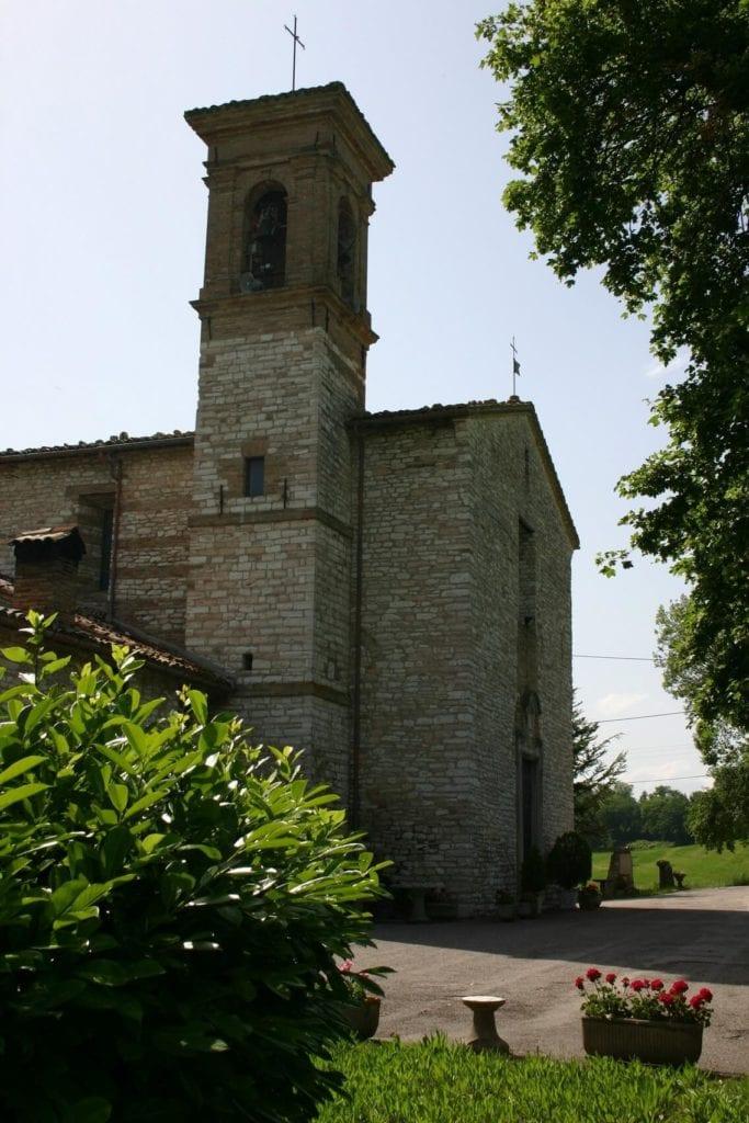 Pieve di Santo Stefano di Gaifa e Torre Brombolona Canavaccio, Urbino (1)