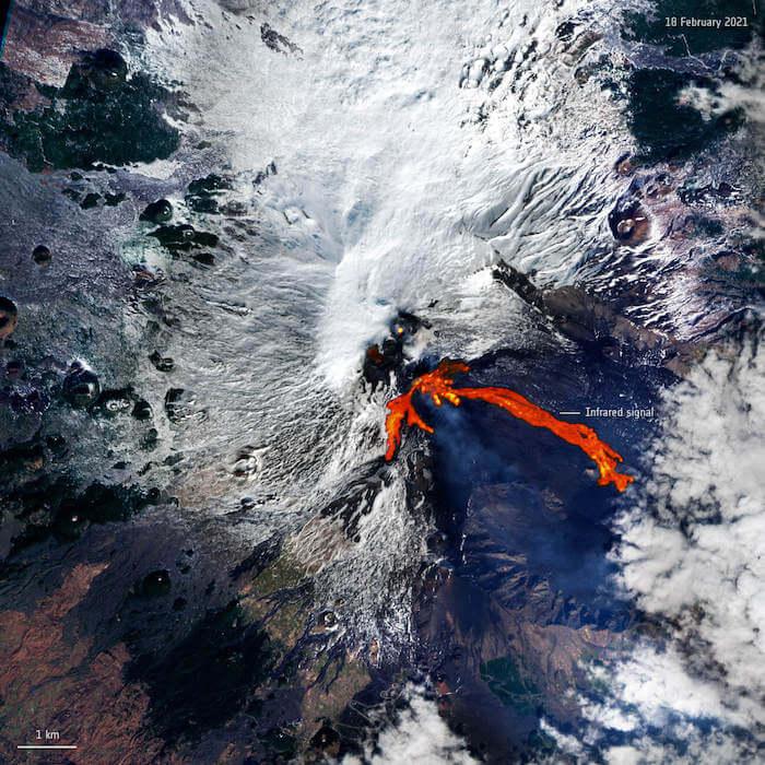 etna visto dallo spazio