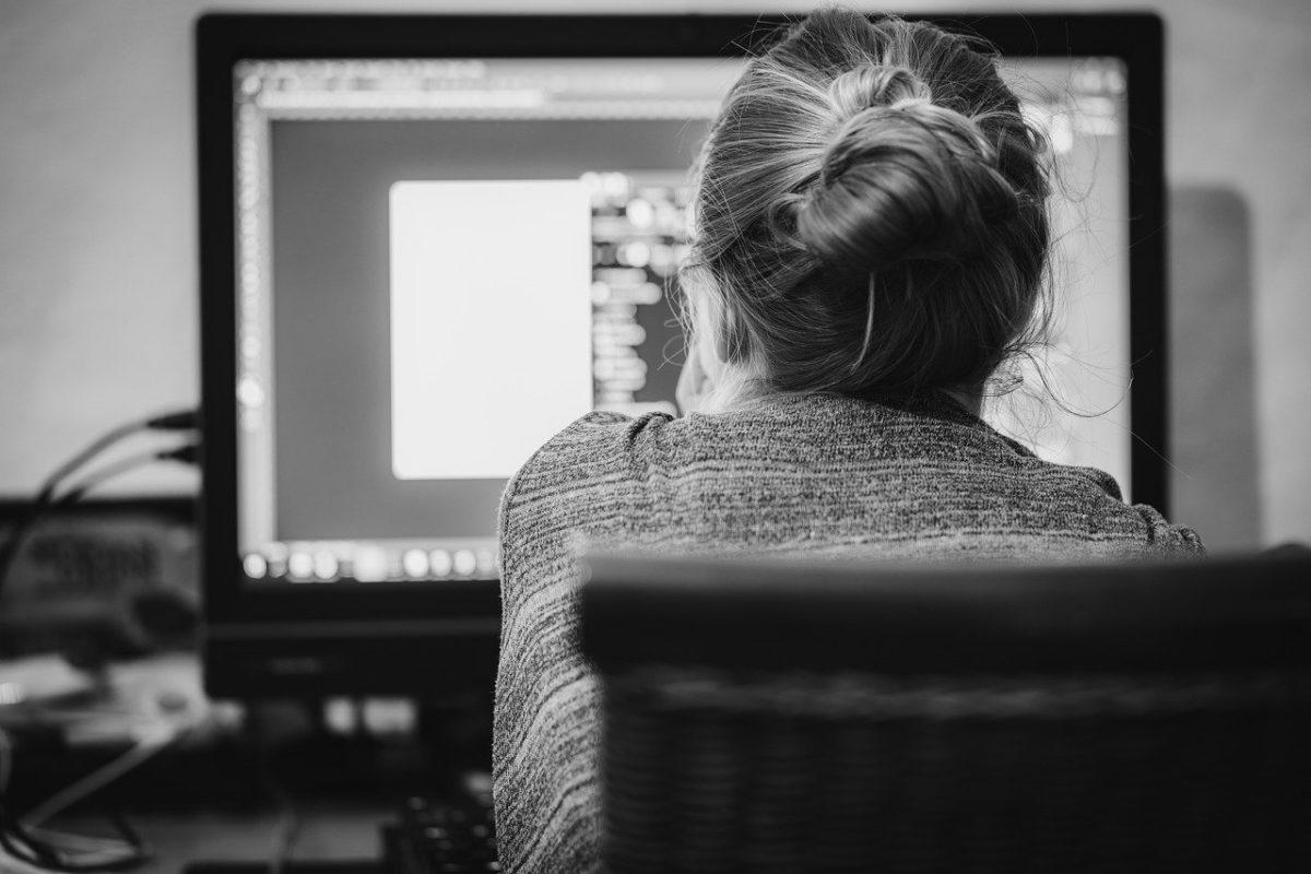 lavoro computer pixabay