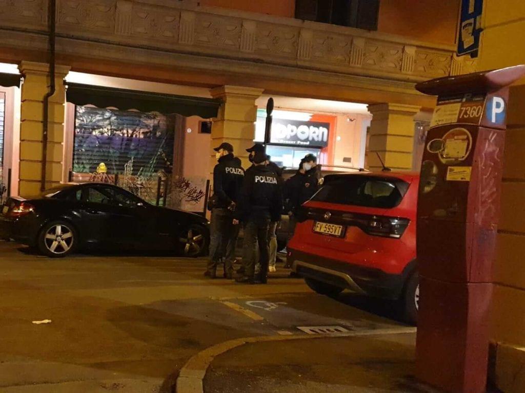 piazza scaravilli bologna polizia