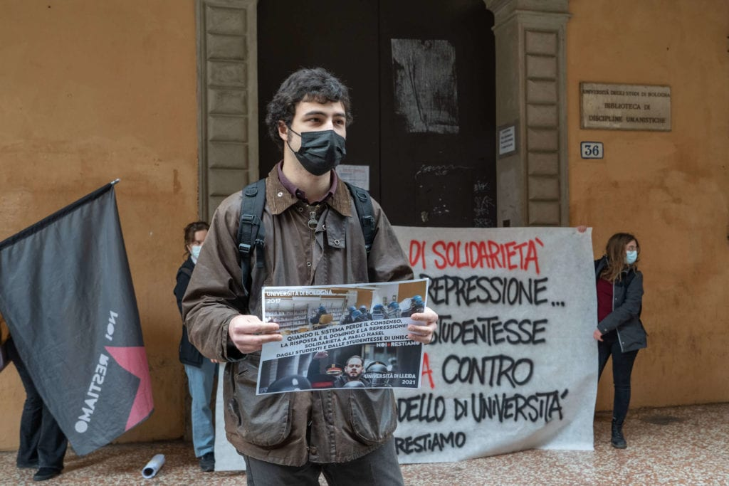 Noi restiamo collettivo università bologna