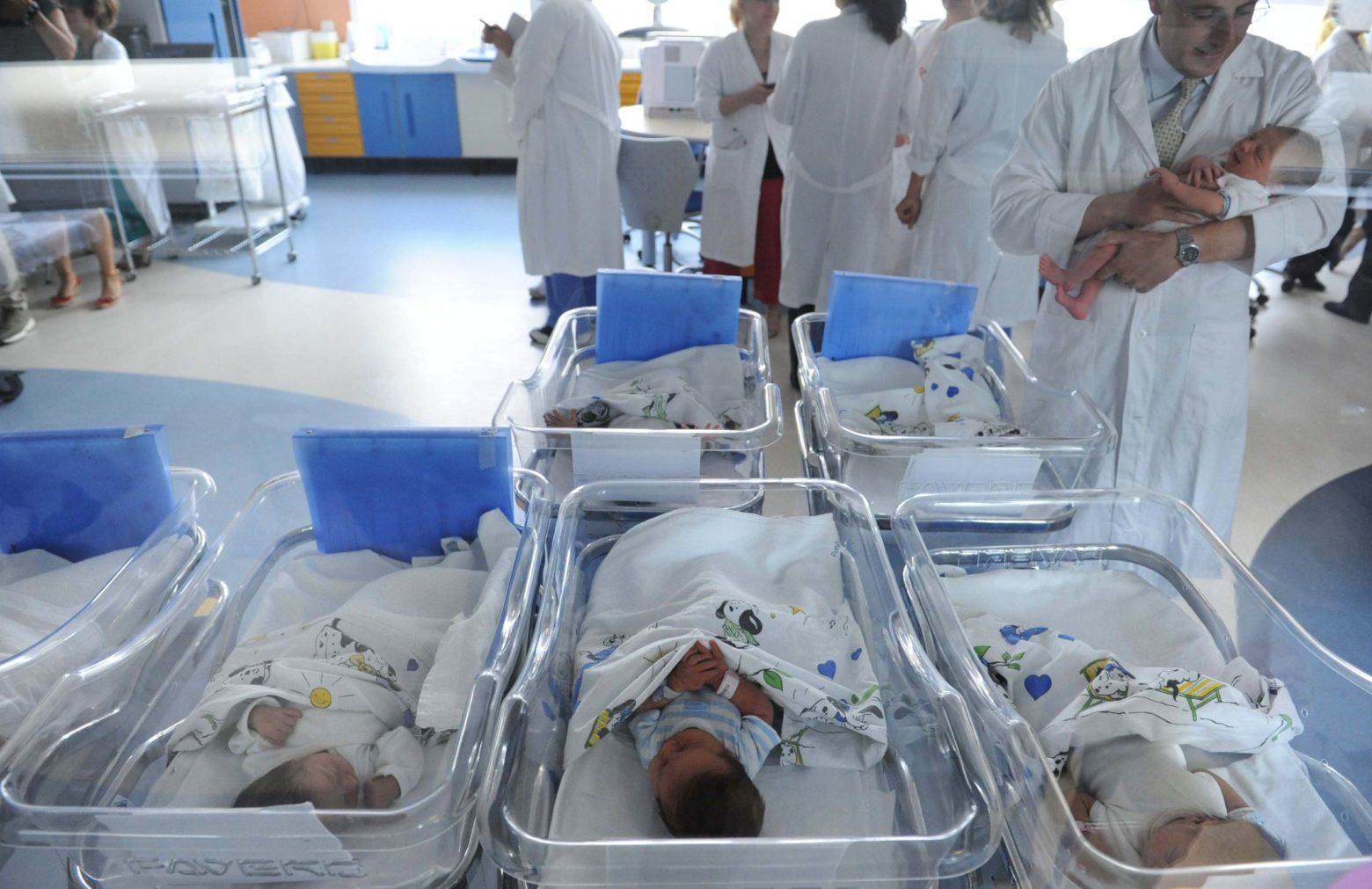 neonati culle natalità