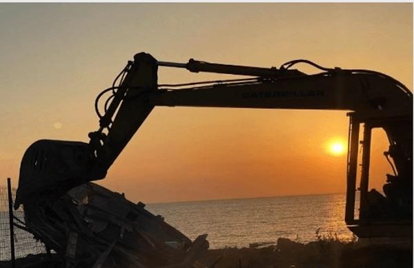 demolizione barconi pantelleria