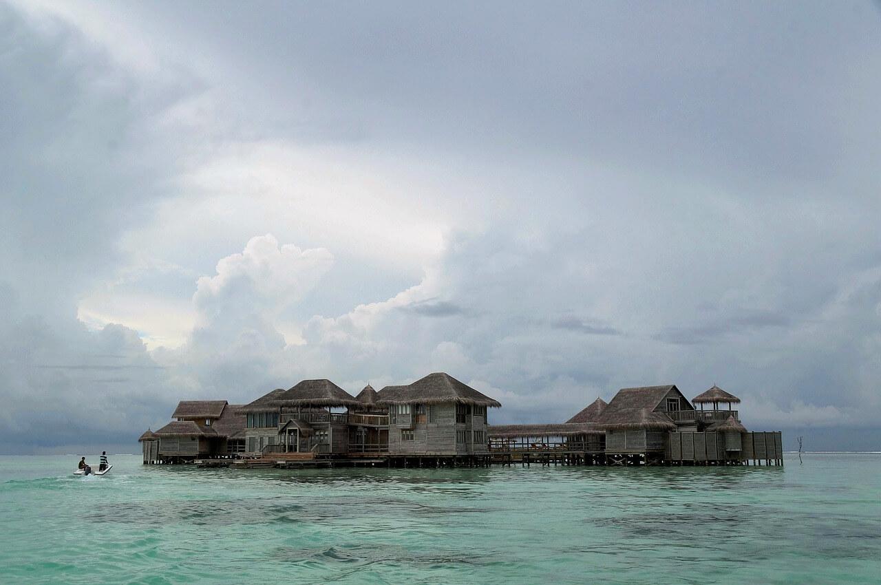 maldive resort mare lusso