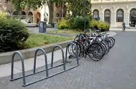 rastrelliere biciclette bologna
