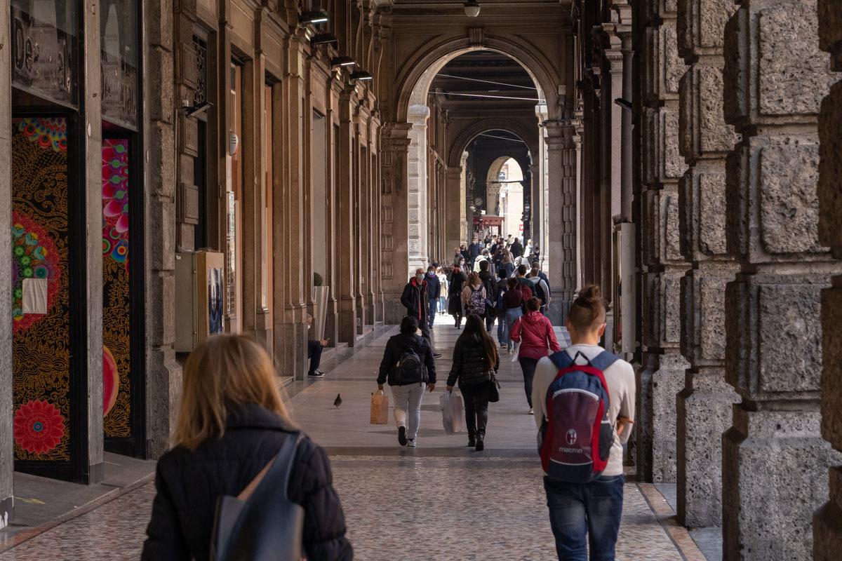 Bologna portici centro