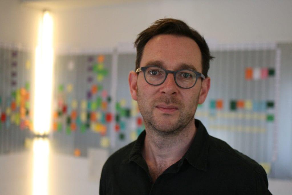 curatore ed esperto di nuovi media tedesco Sebastian Sorg