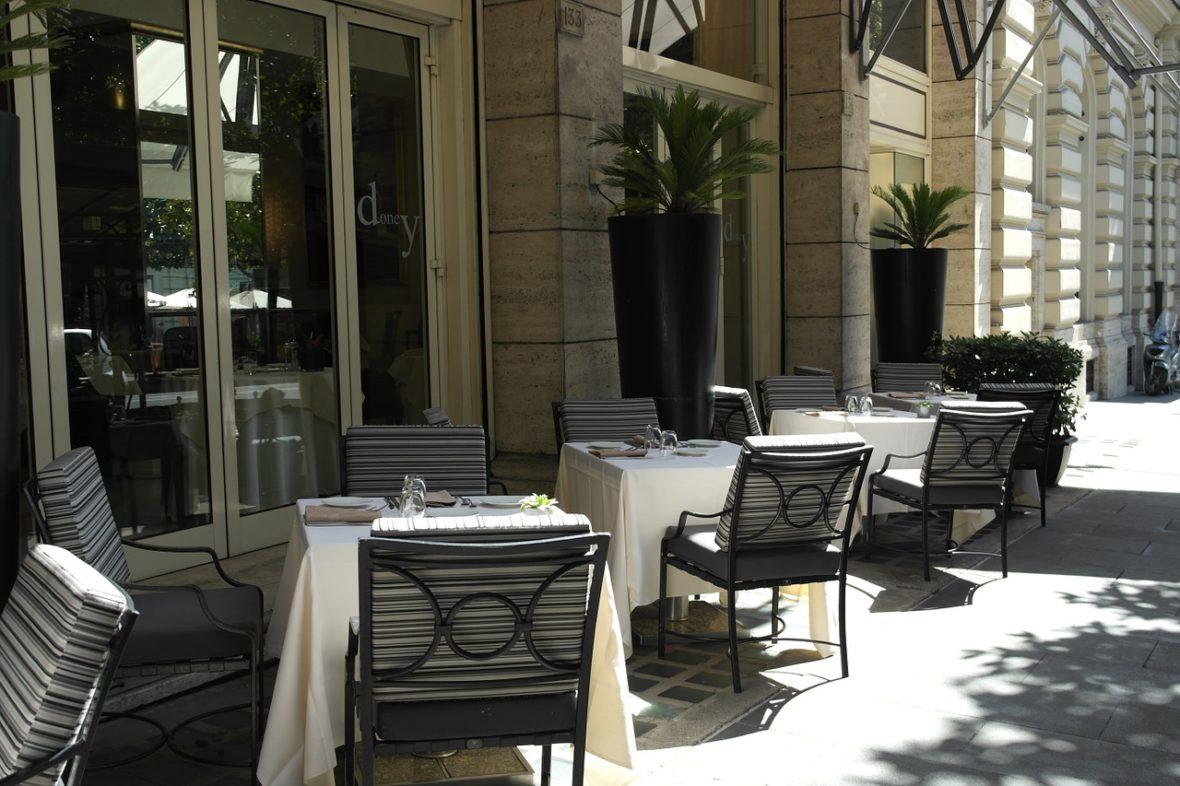 ristoranti roma aperto tavolini