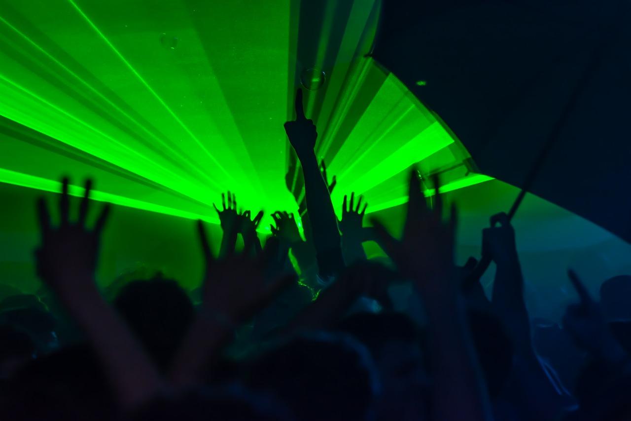 rave party discoteca