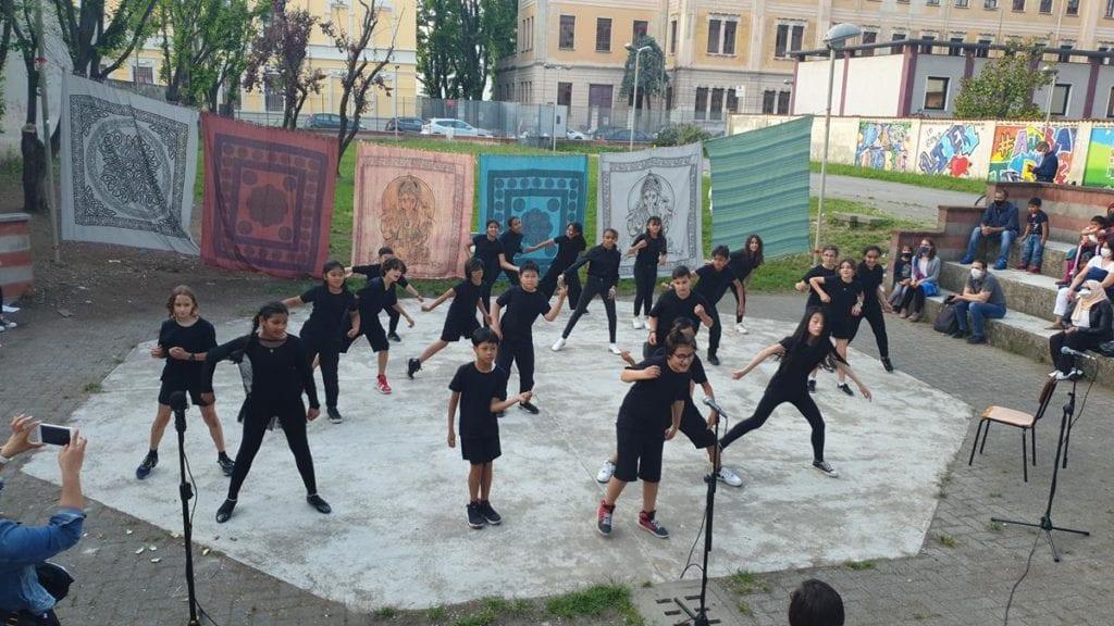 IC Giacosa Milano spettacolo Falcone