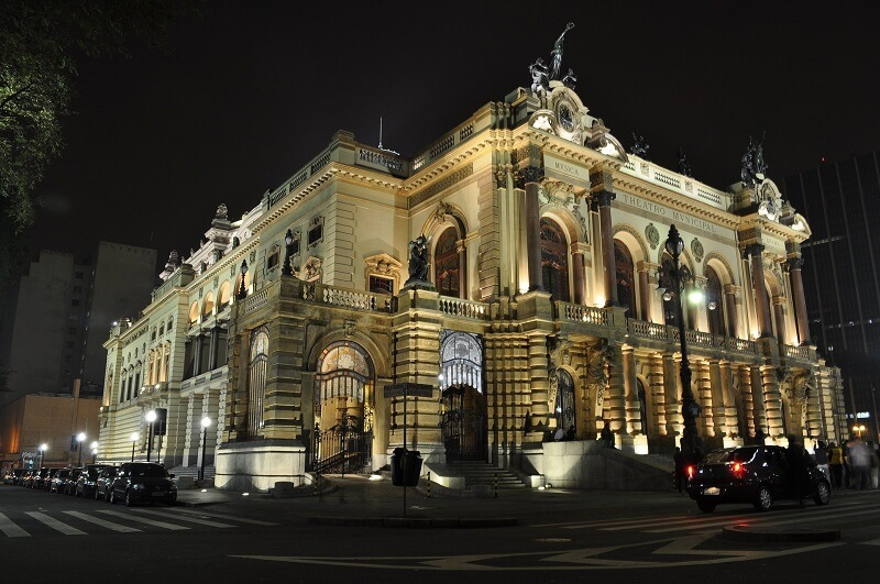 Sao Paulo's city theater (1)