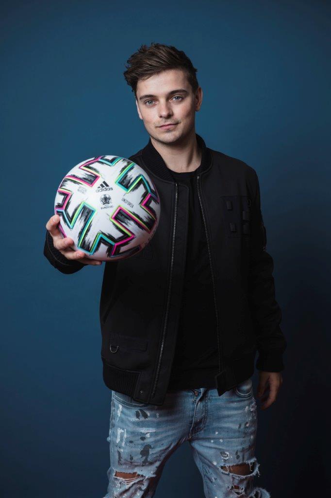 UEFA Press Shot Martin Garrix by Simon Hofmann]_b