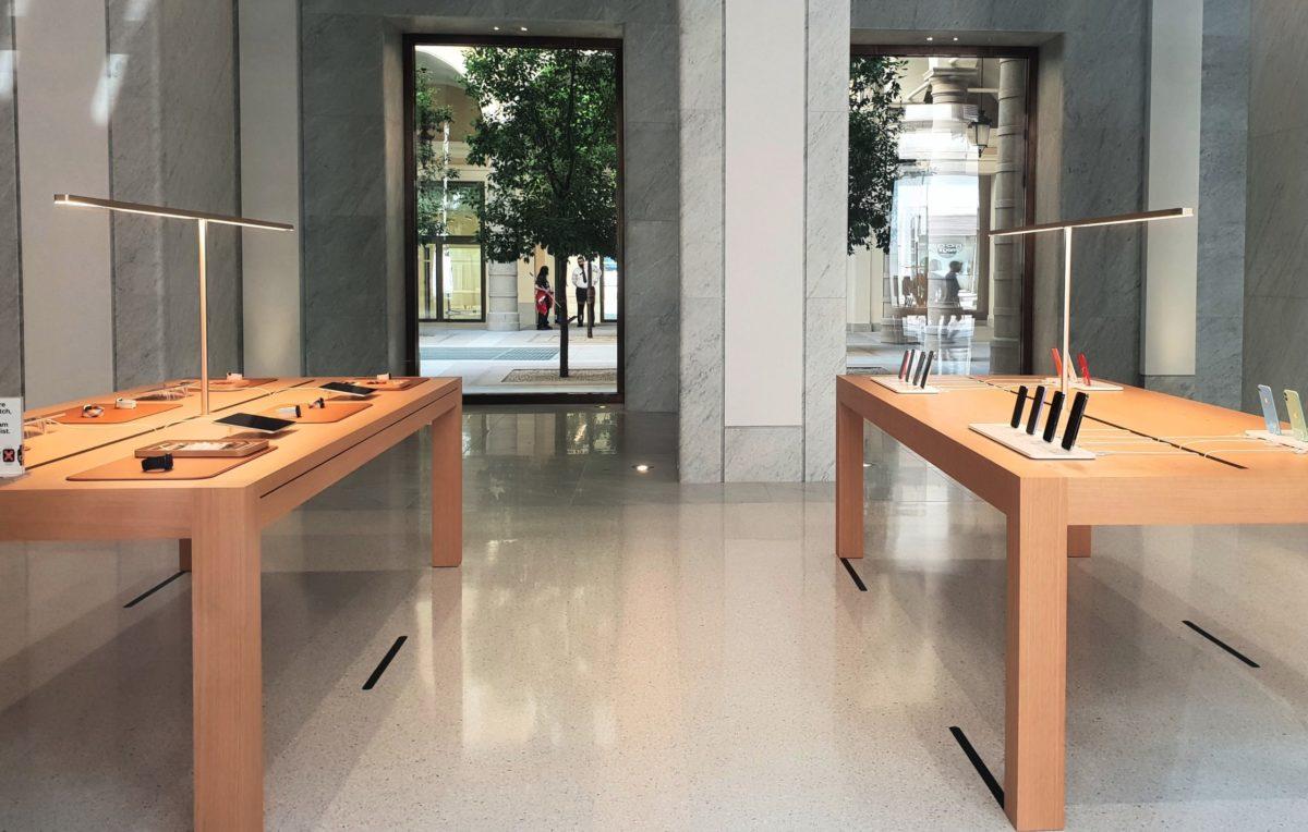 apple_store_roma_piazza_san_silvestro