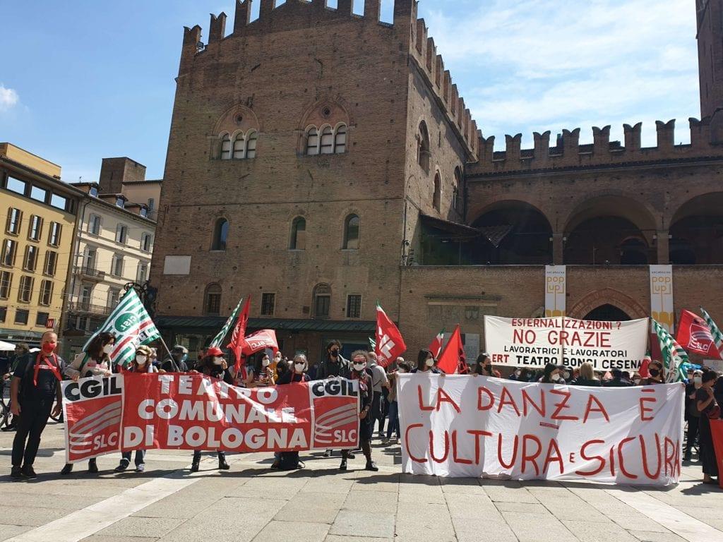 manifestazione protesta lavoratori spettacolo emilia-romagna