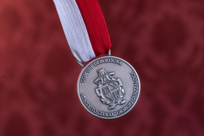 medaglia al merito civico giorgio guazzaloca comune bologna