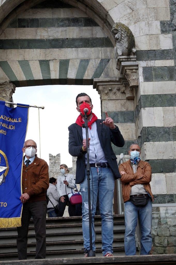protesta lavoratori prato sciopero