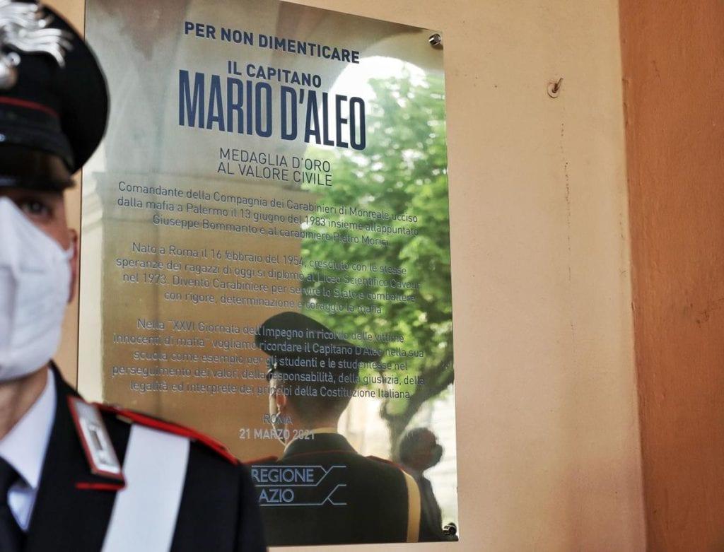 targa in memoria del capitano Mario D'Aleo
