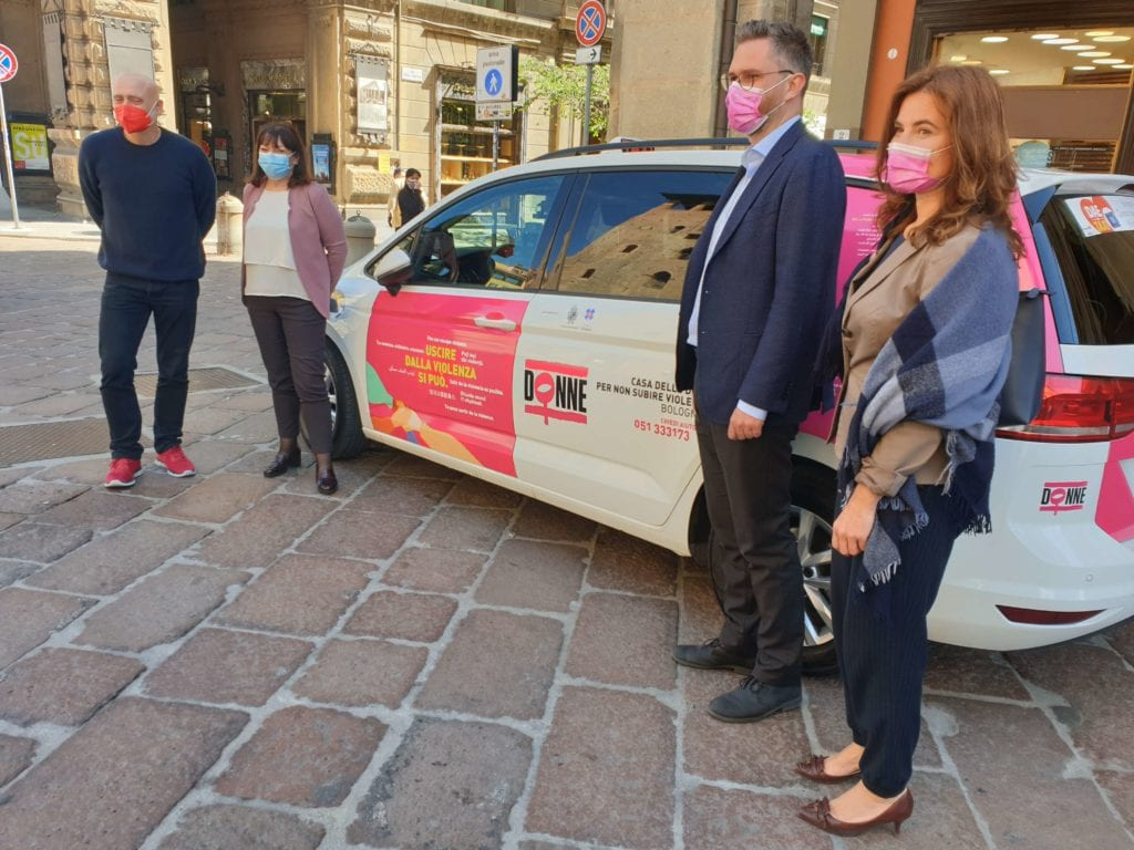 taxi mantovani redsox violenza donne