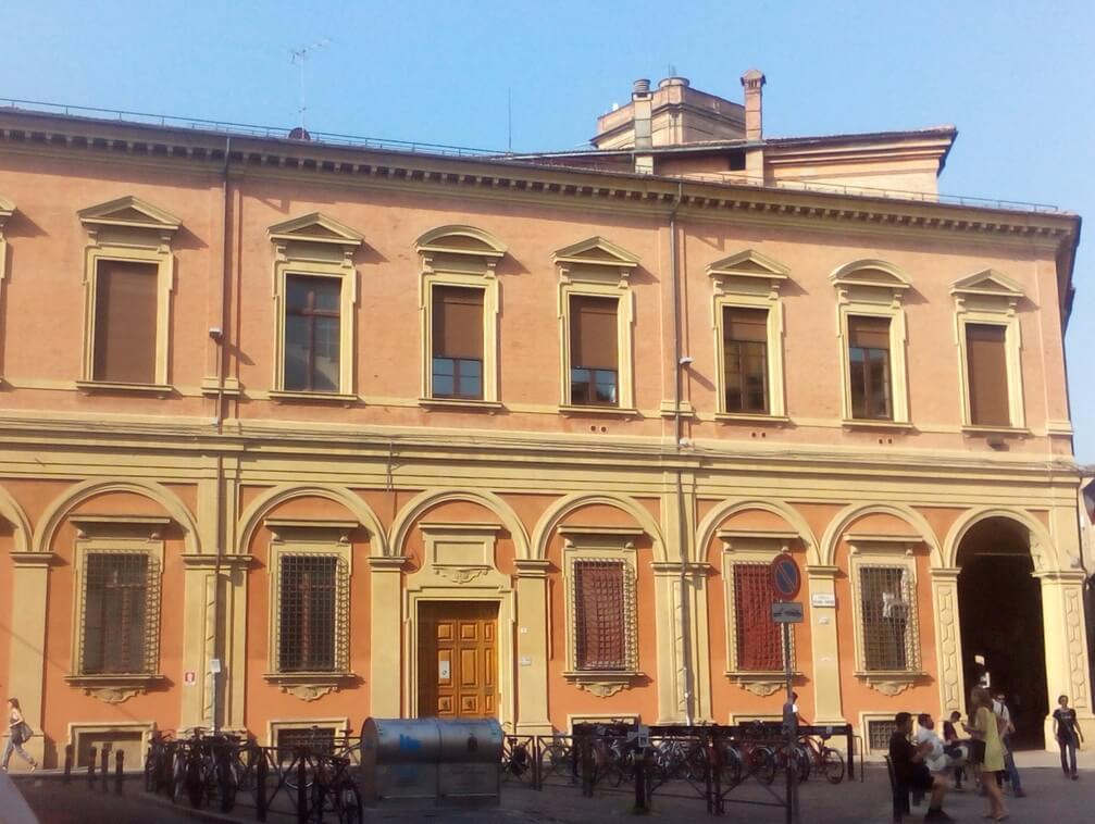 03 - Facciata Piazza Puntoni