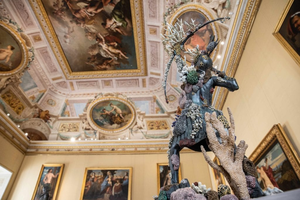 7_ARCHAEOLOGY NOW_Damien Hirst_Galleria Borghese-min