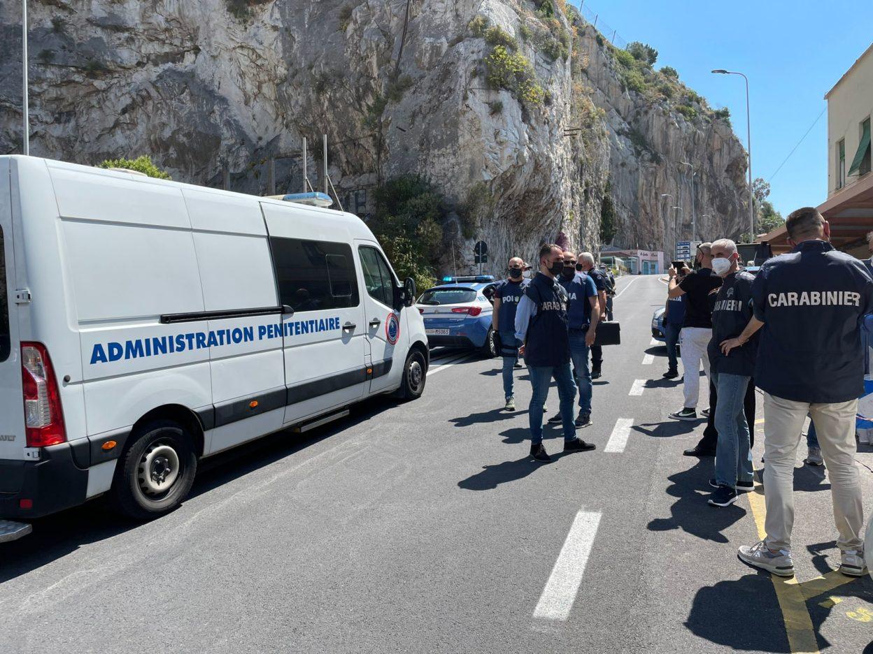 Carabinieri reggiani prendono in consegna a ventimiglia il cugino di saman abbas