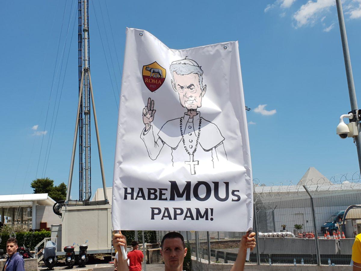 tifosi_roma_Mourinho