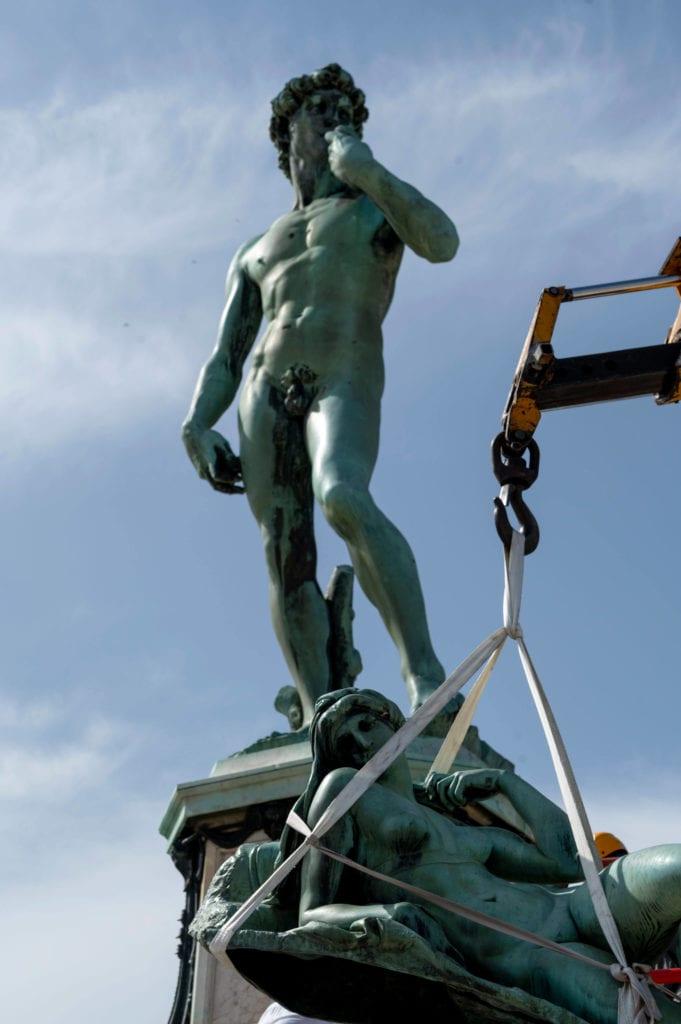 David bronzo piazzale michelangelo firenze reastauro
