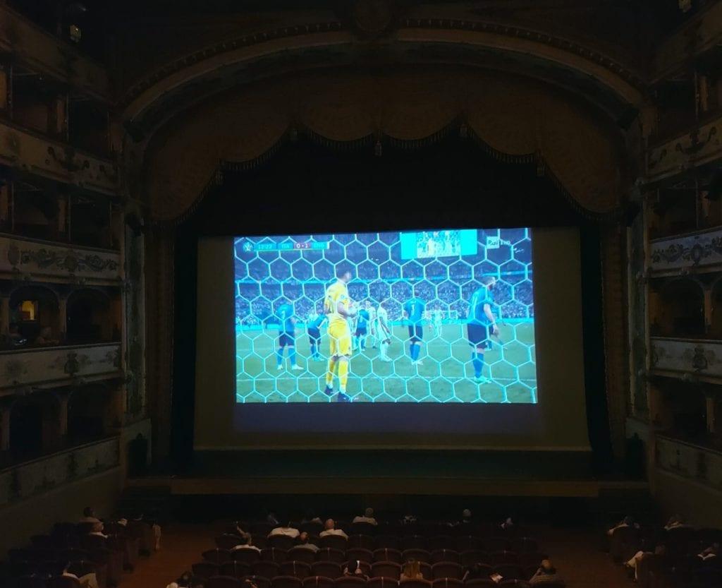 La partita a Teatro