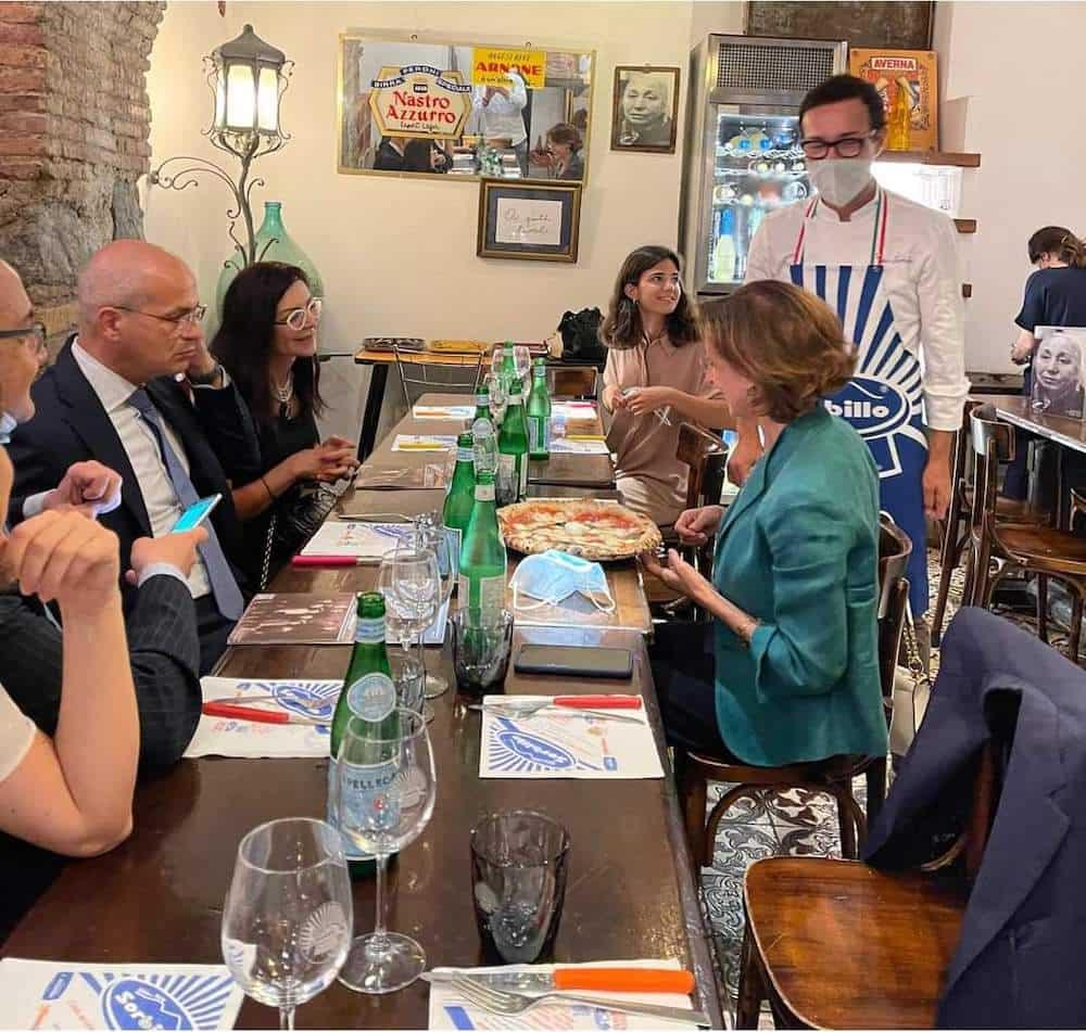 cartabia_pizza a napoli-min