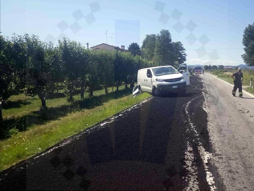 camion perde fango faenza