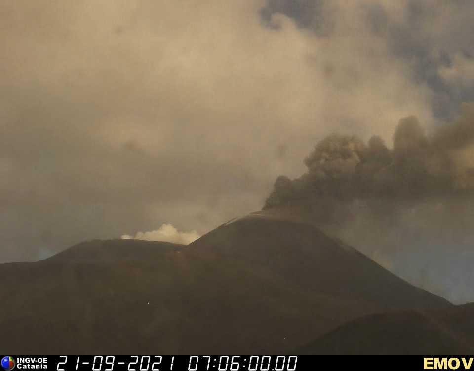 eruzione etna 21 settembre 2021
