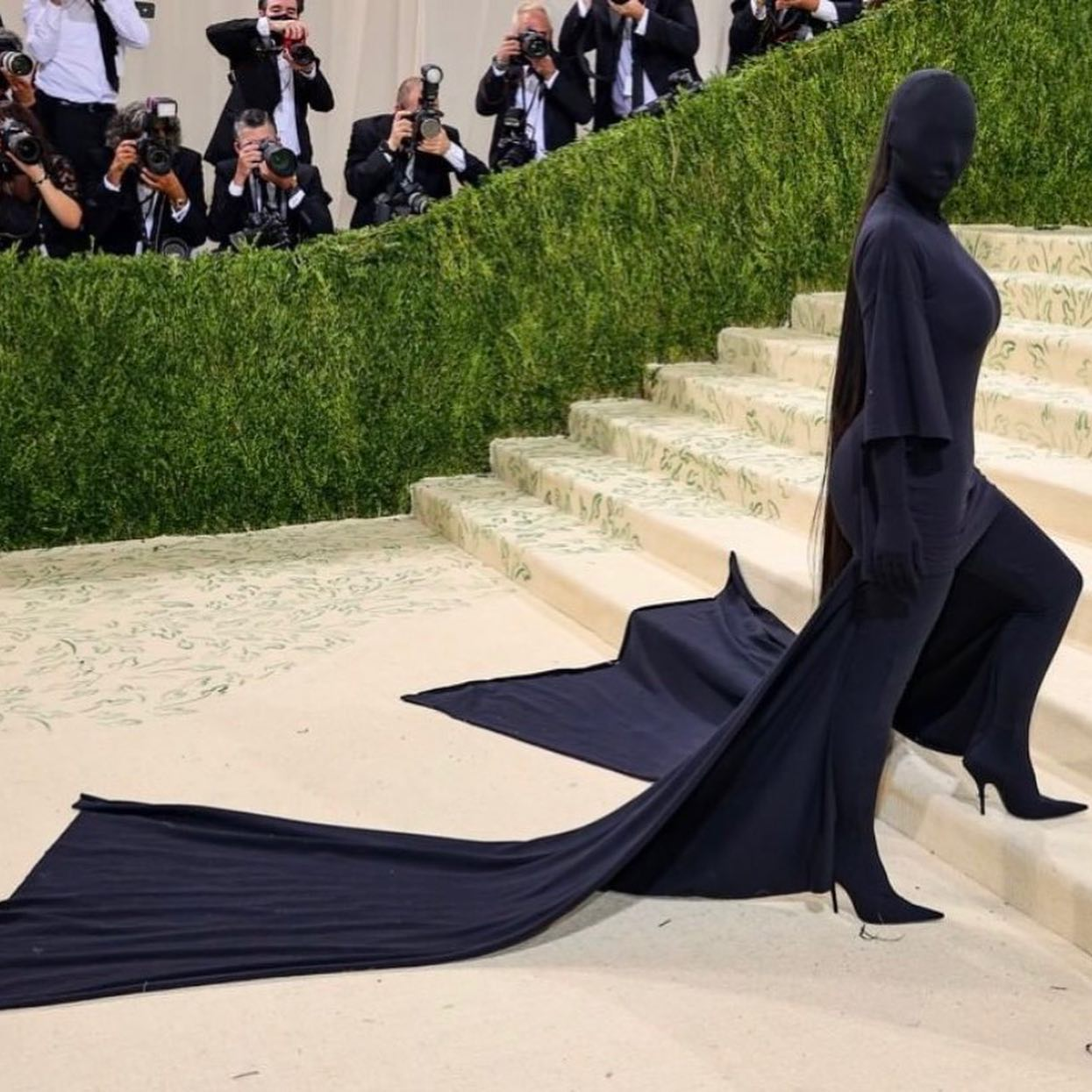 kim kardashian met gala foto da facebook