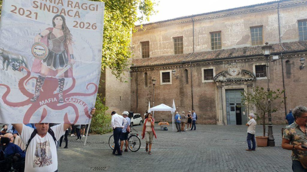 raggi_comizio_trastevere