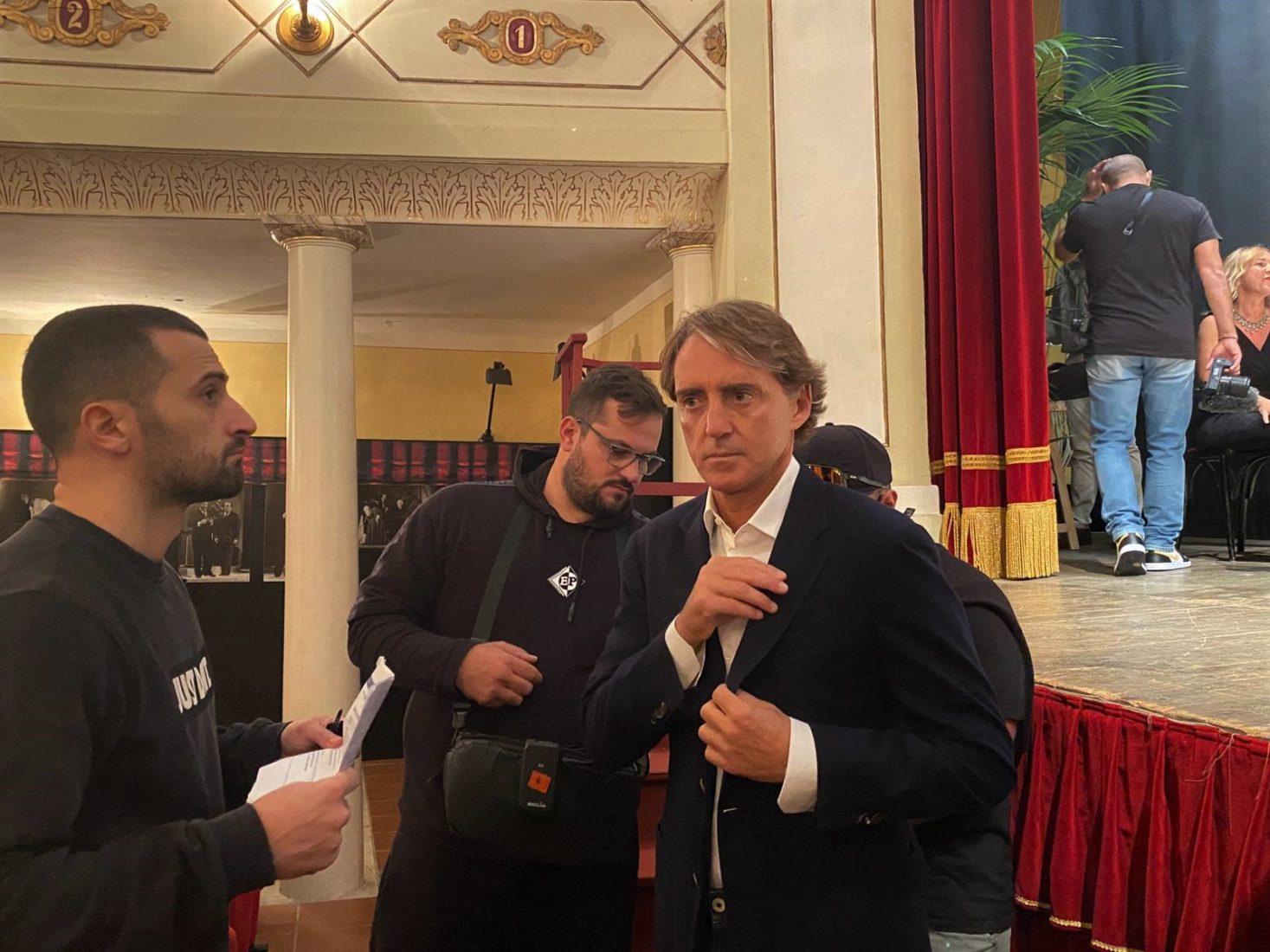 Roberto Mancini spot regione marche