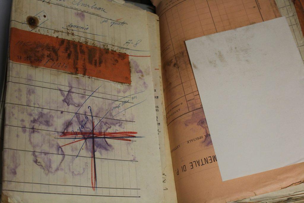 Situazione attuale archivio di stato Bologna
