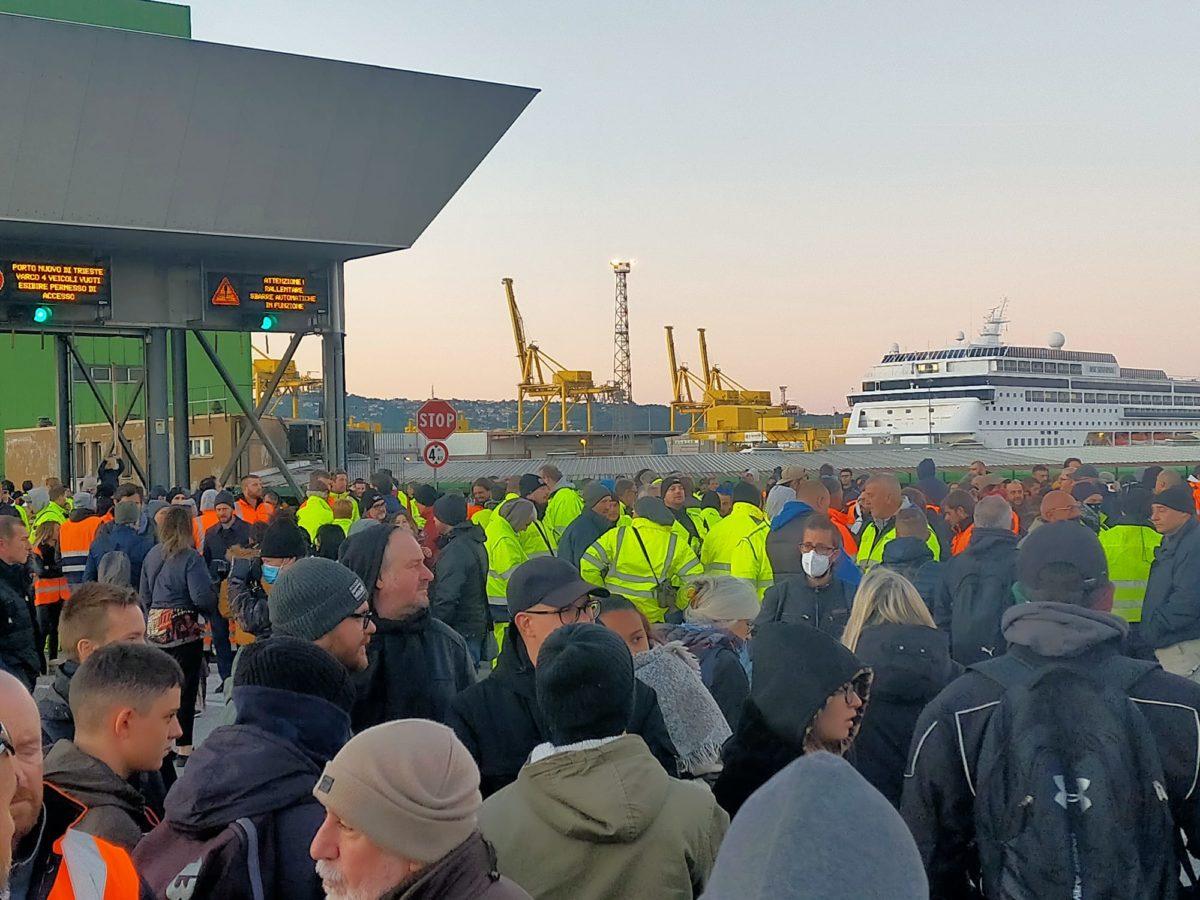 proteste porto trieste