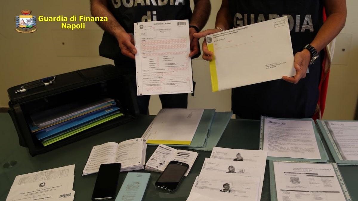 guardia di finanza Napoli-min