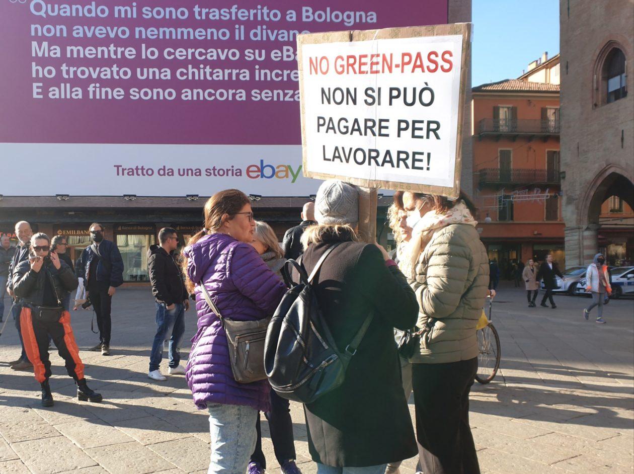 manifestazione no green pass a bologna