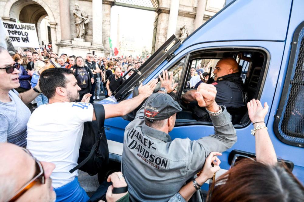 no green pass roma scontri