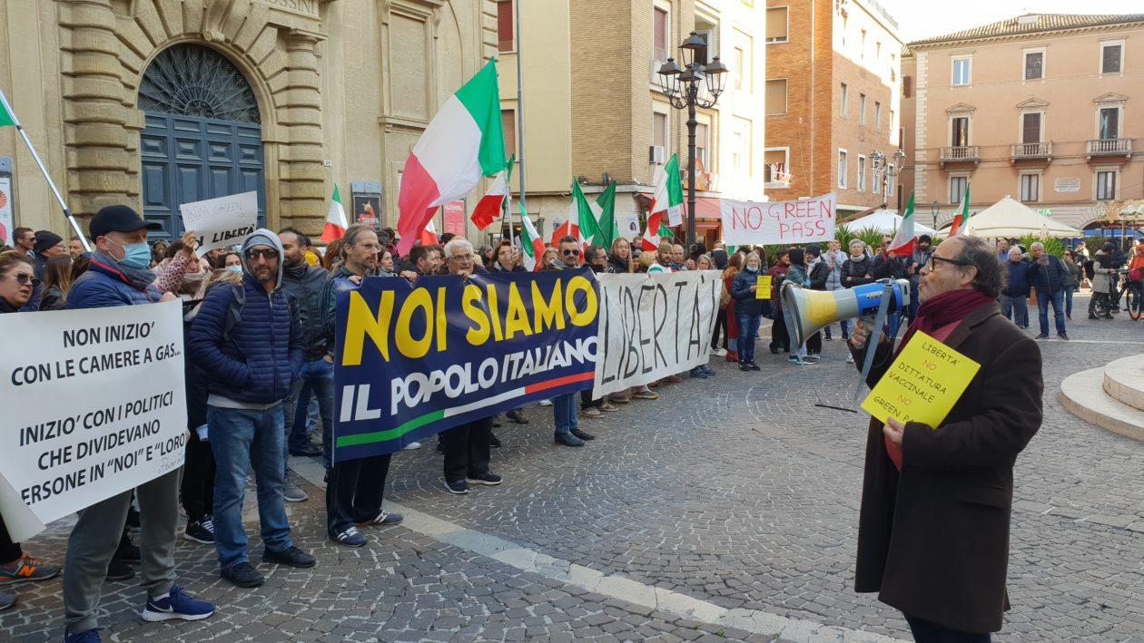 protesta no green pass ancona