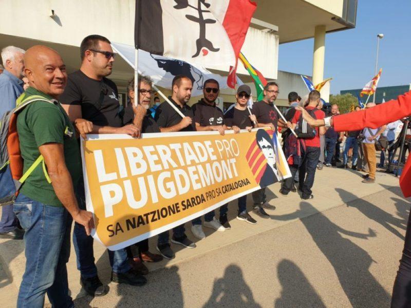 sassari_sostenitori_Puigdemont