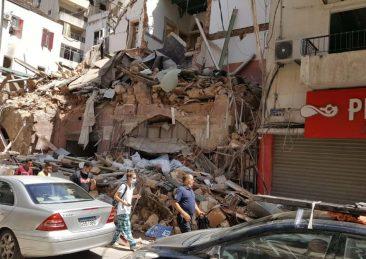 Beirut streets ruins-min