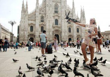 TURISTI A MILANO
